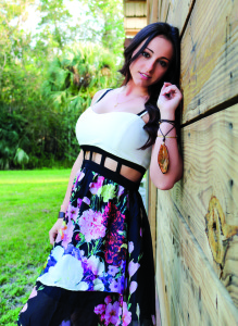 Photo courtesy Melissa Crable Photography Singer/songwriter JessLee, a graduate of Martin County High School, will perform at the Vero Beach Oktoberfest & Music Jam Oct. 24. A portion of the proceeds from the sale of her album will benefit veterans.